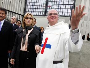 Gisela Valcárcel amadrinó capilla en penal de Ancón