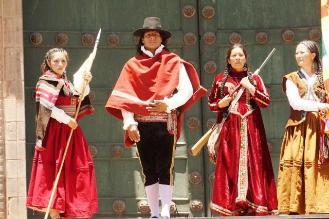 Escenificaron estampa ´Túpac Amaru Vive´ en el Cusco