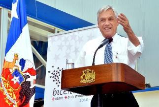 Presidente Sebastián Piñera insta a chilenos a acudir mañana a las urnas