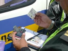 Policía de Tránsito pone 200 papeletas diarias en Arequipa