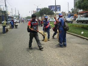 Trujillo: Obreros de limpieza suspenden paro para dialogar con Acuña