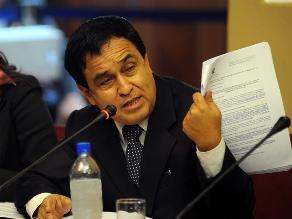 Fredy Patérola y la sesión del Pleno del Congreso de la República