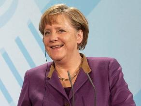 Nobel de Literatura: Merkel es cobarde en sus políticas