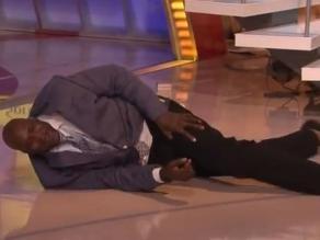 Shaquille O´Neal sufrió tremenda caída en un programa de televisión