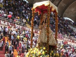 Después de tres años Virgen de Chapi regresa a su santuario