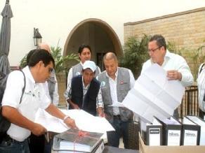 Piura: Entregan perfiles de obras a ministro de Agricultura
