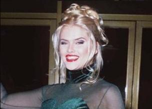 Anna Nicole Smith nació un día como hoy