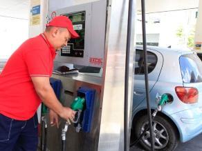 Osinergmin: Precios de referencia de combustibles se elevaron