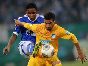 Jefferson Farfán anotó pero Schalke cayó en la Copa de Alemania
