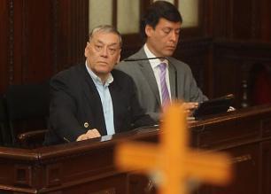 Piden ´proceso rápido y sentencia firme´ para excontralor Víctor Caso Lay