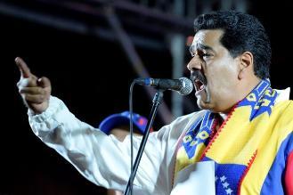 Maduro dice justicia debe actuar contra Capriles por no respetar a Chávez