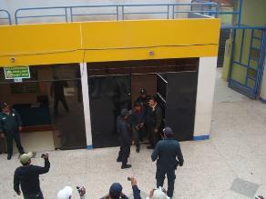 Arequipa: detienen a jóvenes con armas de fuego y municiones