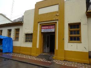 EsSalud pide desalojo del centro de salud de La Oroya