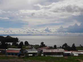 La bella y primaveral Conima ubicada a orillas del lago Titicaca