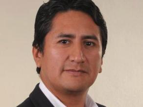Presidente de región Junín lideró protesta en Plaza Mayor de Lima