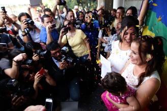 México: primera pareja gay se casa en Jalisco con amparo judicial