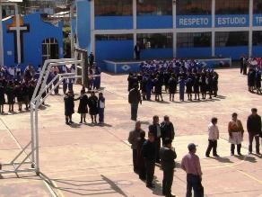 Suspenden clases en colegios ubicados alrededor del estadio Huancayo