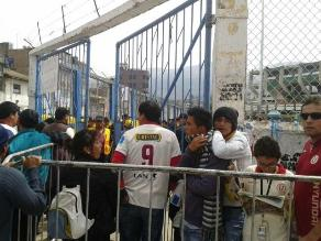 Universitario-Real Garcilaso: Hinchas ya ingresan al estadio de Huancayo