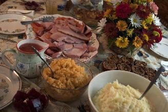 Especialistas indican que consumimos 4,800 calorías en cena de Navidad