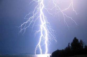 La Libertad: Tormenta eléctrica deja artefactos eléctricos inservibles