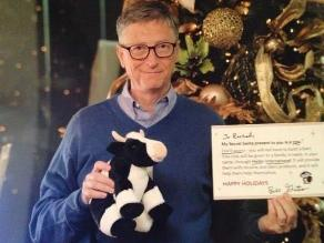 Joven atónita al descubrir que Bill Gates era su amigo secreto