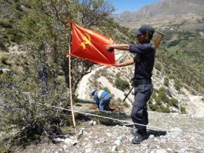 Desconocidos derriban dos postes de alta tensión en Ayacucho