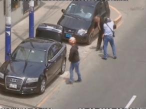 Delincuentes en motocicleta asaltan a empresario en Salamanca