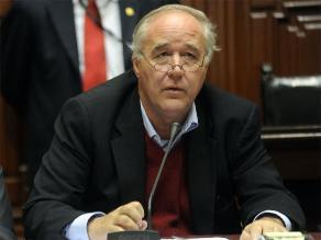 Polémica alrededor de comisión que investigará caso López Meneses
