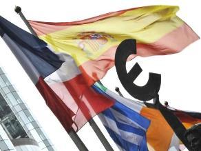 S&P rebaja calificación a largo plazo de la UE a AA+
