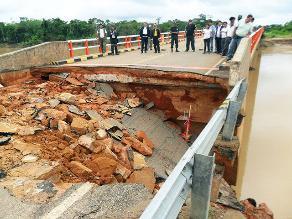 Áncash: Puente se derrumba tras paso de tráiler