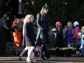 Familia real asistió al servicio tradicional de la Iglesia en Navidad