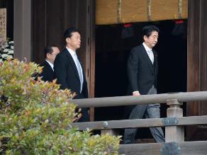 China reta a Abe a que visite el memorial de la masacre de Nankín