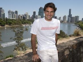 Roger Federer asegura no estar ´acabado´ y promete regresar a su nivel