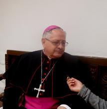 Arzobispo demanda a feligreses iniciar con amor y paz 2014