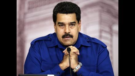 Maduro desea feliz año 2014 a Venezuela y recuerda a Hugo Chávez
