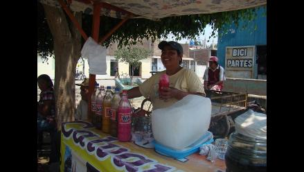 Chiclayo: Recomiendan tener cuidado con las raspadillas de ambulantes