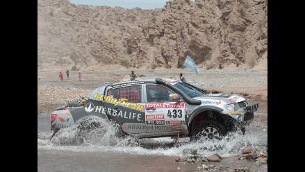 Conoce los trámites de un piloto antes de competir en el Dakar 2014
