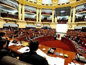 Pleno delega facultades legislativas a Comisión Permanente