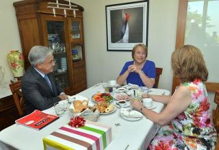 Piñera y Bachelet se reunirán el martes por fallo de La Haya