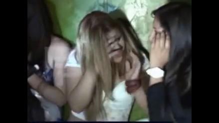 Ronderos ingresan a night club de Cajamarca y castigan a prostitutas