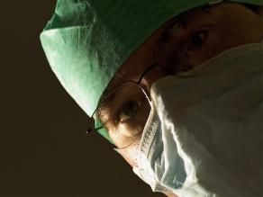 Actor con grave enfermedad salva su vida gracias al análisis de aprendiz