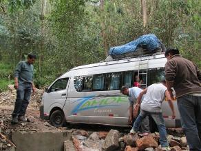 Lluvias continúan dejando varados a pasajeros rumbo a Chincheros