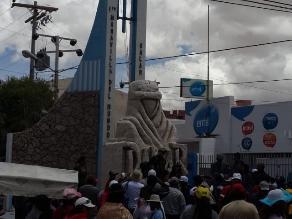 Periodista boliviano: Más de 70 mil personas llegaron a Uyuni por Dakar