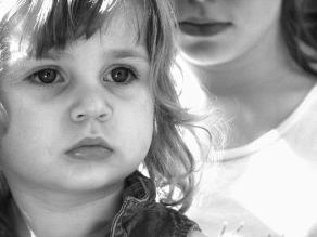 Una pareja que ya no se ama, ¿debe continuar junta solo por sus hijos?