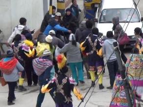 Arequipa: intentan agredir a joven acusada de hurtar estatua de iglesia