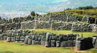 Intervienen a guía y trabajador por carrusel de boletos en Cusco