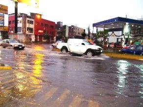 Lluvias dejan a más de 20 mil usuarios sin luz en Arequipa