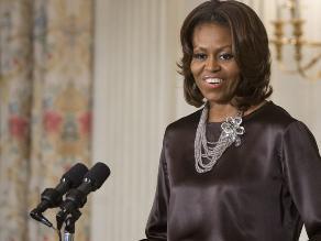 Michelle Obama se pasa al yoga y no piensa en cirugías al cumplir 50