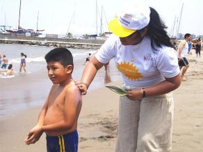 Realizan campañas de prevención del cáncer de piel en playas limeñas