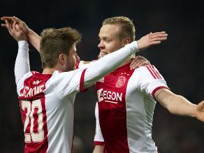 Ajax gana el clásico a PSV Eindhoven y sigue encaminado al título